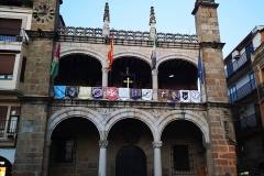 www.lignumcrucis.es-vera-cruz-plasencia-intercambio-banderas-2019-35