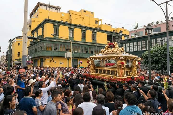 www.lignumcrucis.es-vera-cruz-lima-entierro-2